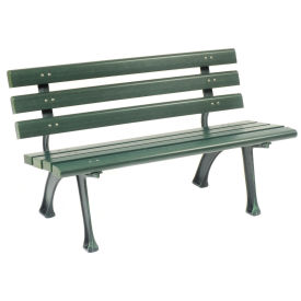 Benches & Picnic Tables