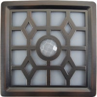 30300-307 Fulcrum 4-LED Soft Glow Outdoor Battery Operated Light Fixture