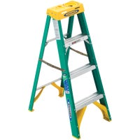 5904 Werner Type II Fiberglass Step Ladder ladder step