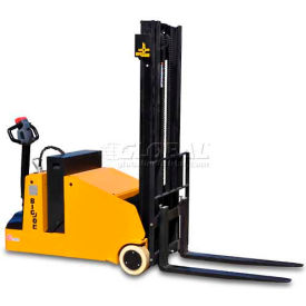 "CB22-128 Big Joe; CB22 Fully Powered Counterbalanced Lift Truck 2200 Lb. 128"" Lift"