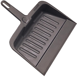 200500CHRM Rubbermaid® Heavy-Duty Plastic Dustpan